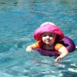 swimming-at-Amis